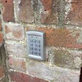 Keypad entry for electric gates