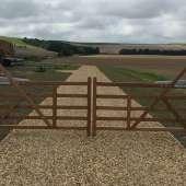 Rural 5-bar electric gates