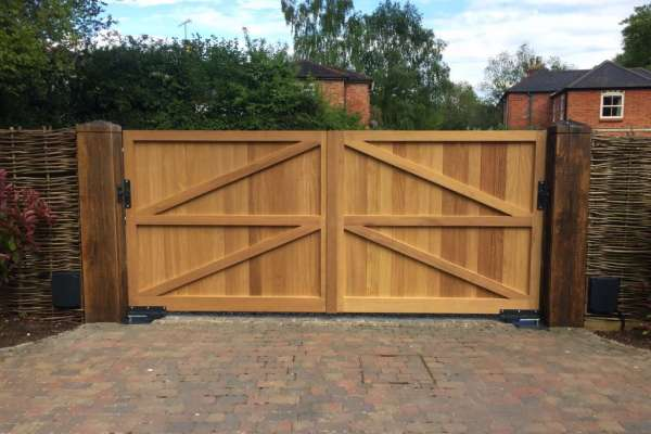 Wooden electric gates from inside