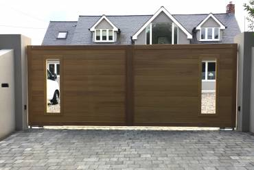 Wooden contemporary electric gates