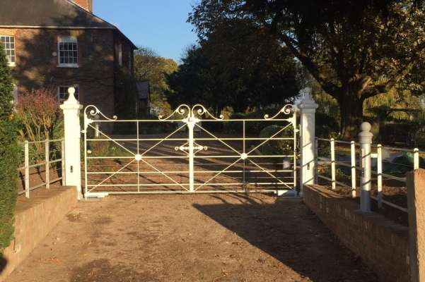Wrought iron electric gates and fencing