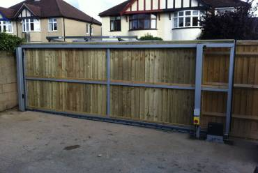 Sliding & Cantilever Electric Gates
