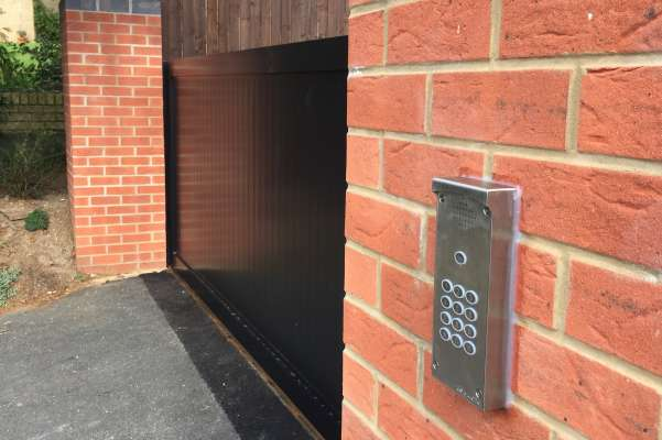 New sliding metal electric gate and entry keypad